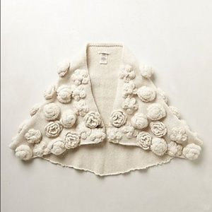 🦄 NEW Anthropologie Tufted Roses Capelet OS